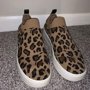 Steve Madden leopard print stretch knit sneakers